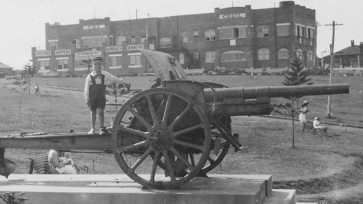 Cronulla Park's First World War Field Gun. Picture: Local History Collection, Sutherland Shire Libraries
