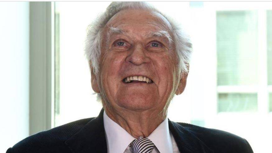 he nation is mourning former Labor prime minister Bob Hawke who died peacefully at home aged 89.