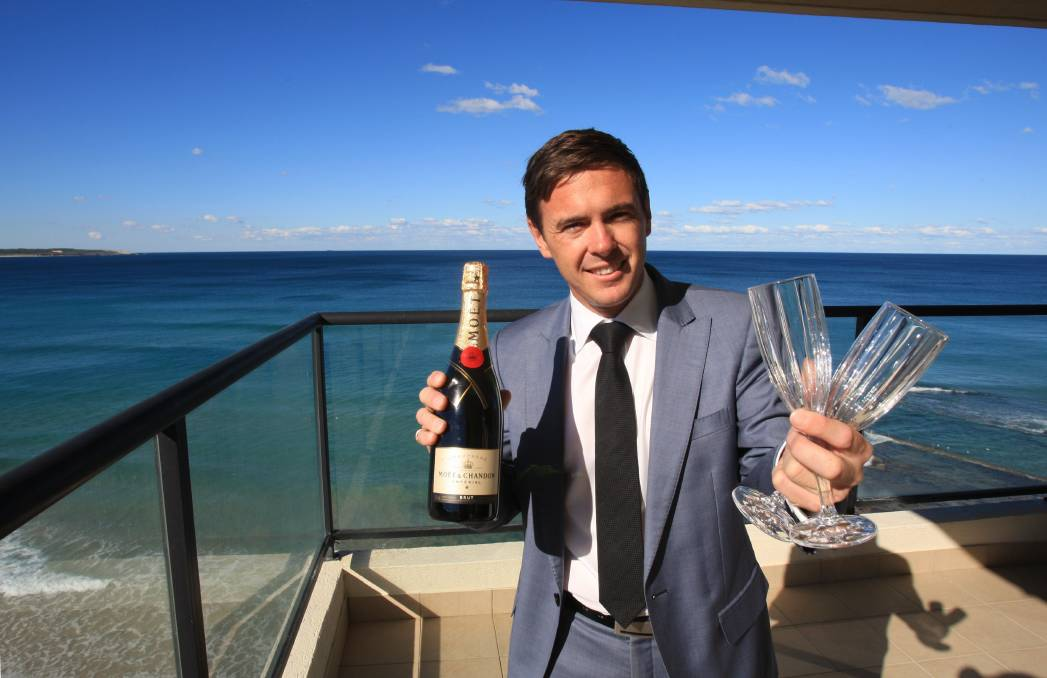 Adding the wow factor: Agent, Steve Day has canapés, drinks and entertainers during his open houses. Picture: James Alcock.